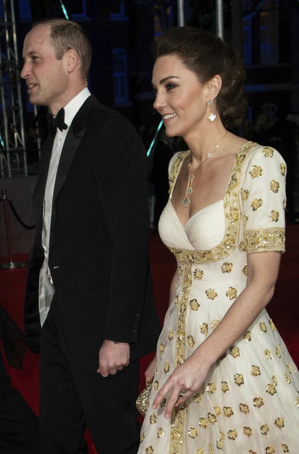 ANKOMMER PRISUTDELINGEN: Hertugparet av Cambridge drar gjerne på BAFTA-utdelingen når de har mulighet. Foto: NTB Scanpix