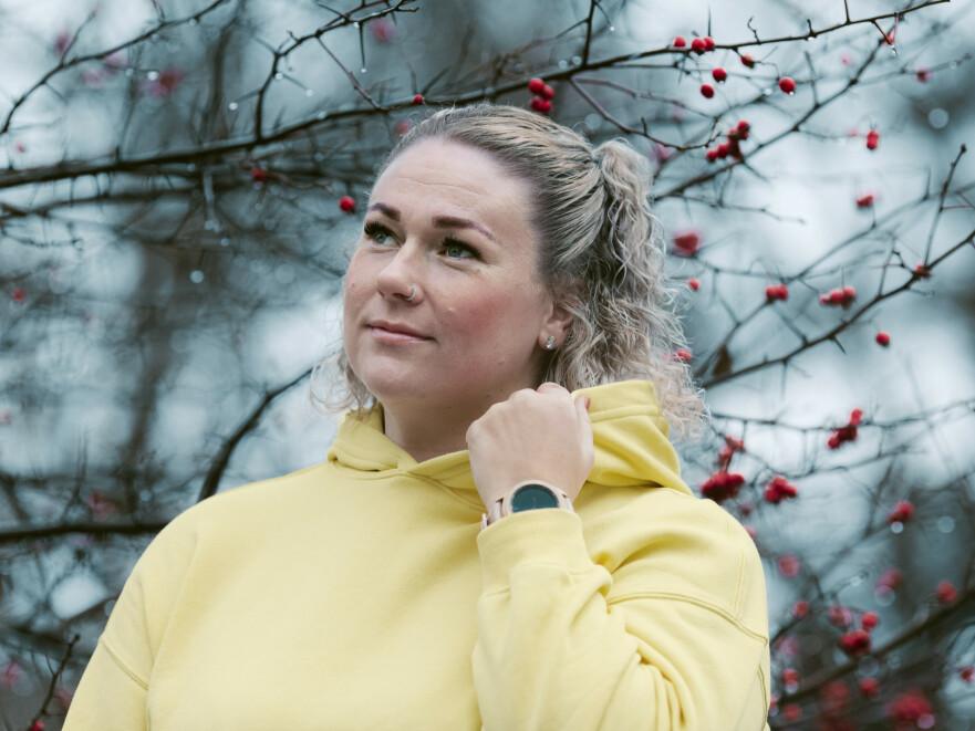 KREFT I UNG ALDER: Tonje ønsker å formidle viktigheten av å sjekke seg om man kjenner på ubehag/smerter i underlivet. FOTO: Astrid Waller