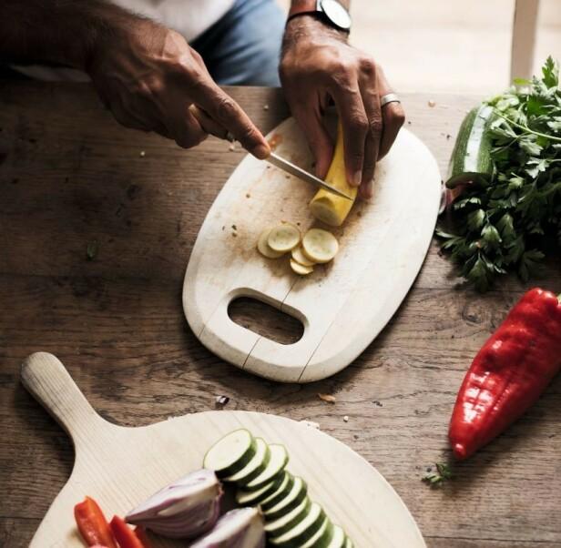 SPIS REGNBUEN: Chatterjee anbefaler grukt og grønt i mange ulike farger hver dag. Foto: Presse