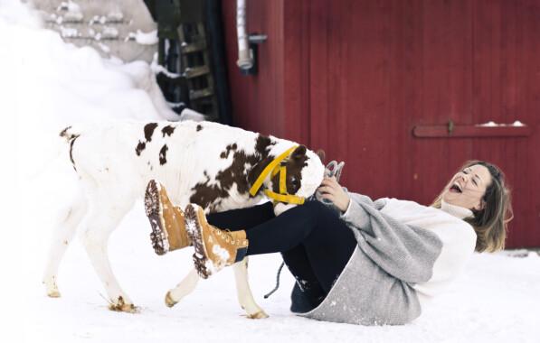 GLEDE: – Det som gir meg aller mest glede, er å jobbe å være tett på dyrene. FOTO: Astrid Waller