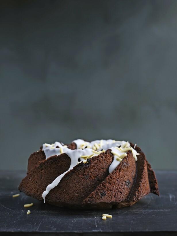 Tips! Kaken kan også stekes i en paiform og serveres i tykke skiver med iskaldt smør. FOTO: Columbus Leth