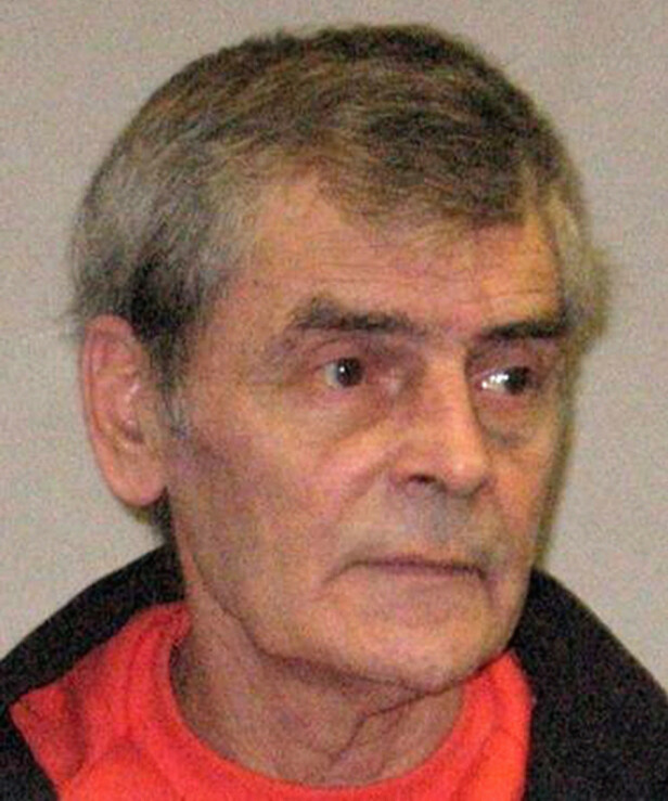 DØMT MORDER: Seriemorder Peter Tobin ble i 2009 dømt til livstid fengsel. Man fant imidlertid ingen sammenheng mellom Tobin og det mystiske kvinneliket i Norfolk. FOTO: NTB Scanpix