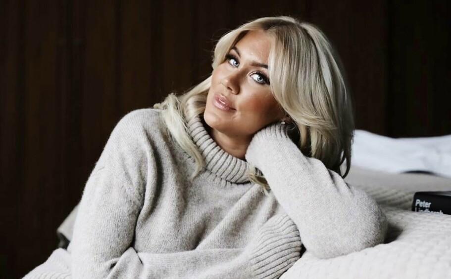 FORANDRING FRYDER: Svenske Isabella «Blondinbella» Löwengrip deler via bloggen sin at hun nå sikter mot en enklere – som i mindre storslått – tilværelse. FOTO: Scanpix