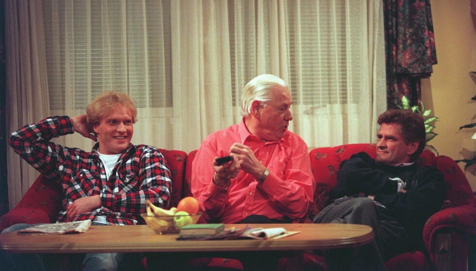 TEMPERAMENT: Nils Vogt erkjenner at det er litt av karakteren Karl fra den populære 90-tallsserien Mot i brøstet, med i karakteren Blom i Fjols til fjells. Her med Mot i brøstet-kollegene Sven Nordin og Arve Opsahl. FOTO: NTB scanpix