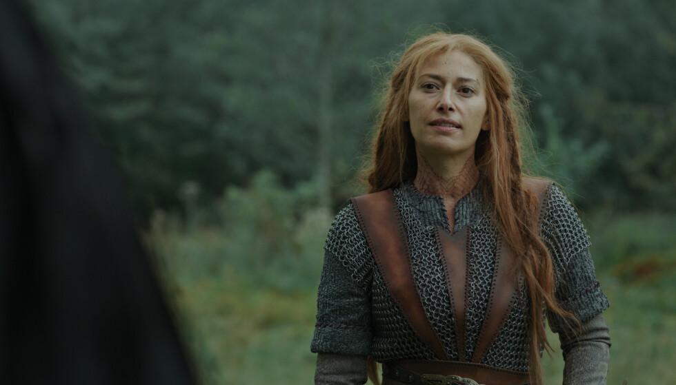 <strong>NYKOMMER:</strong> Pia Tjelta spiller vikingkvinnen Dragerytteren i den tredje sesongen av Vikingane. FOTO: NRK