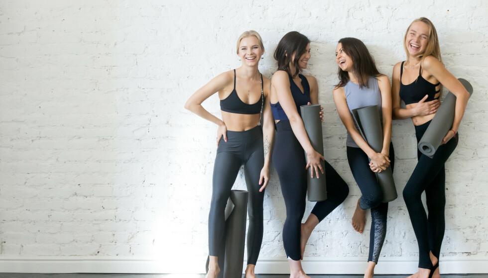 SOSIALT: Yoga kan føre til flere sosiale gevinster med andre som har samme interesse.