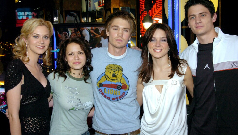 DEN GANG DA: Slik så skuespillerne ut da «One Tree Hill» debuterte på skjermen i 2003. FOTO: Twitter