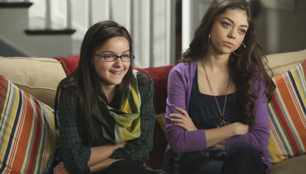 <strong>NÆRT FORHOLD:</strong> Hyland er kanskje ikke Winters storesøster i virkeligheten, men det er tydelig at hun er beskyttende ovenfor 22-åringen. Her er duoen i en eldre scene fra «Modern Family». FOTO: Scanpix