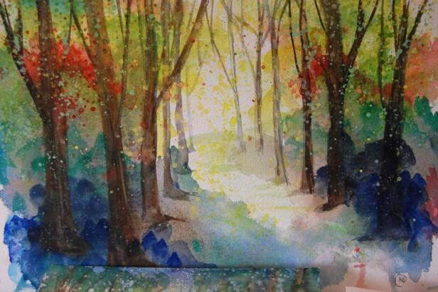 Naturen utenfor vinduet inspirerer henne stadig når hun maler.