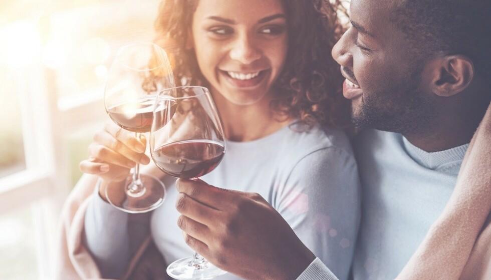 FORELSKELSE: - Synes vi at personen vi er forelsket i er tiltrekkende, så kan egenskaper man vanligvis ikke liker bli tiltrekkende, sier sexolog. FOTO: NTB Scanpix