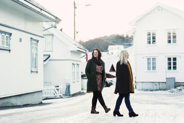 – Jeg husker til og med hva du hadde på deg, sier Ann Kristin om det første møtet med Maria. FOTO: Astrid Waller