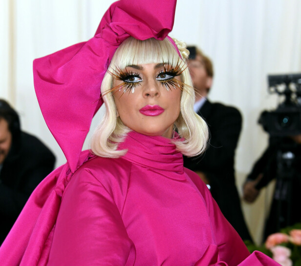 OPPMERKSOMHET: Lady Gaga er vant til å vekke oppmerksomhet, og det spørs om hun hadde kommet like langt med sitt opprinnelige navn. FOTO: NTB Scanpix