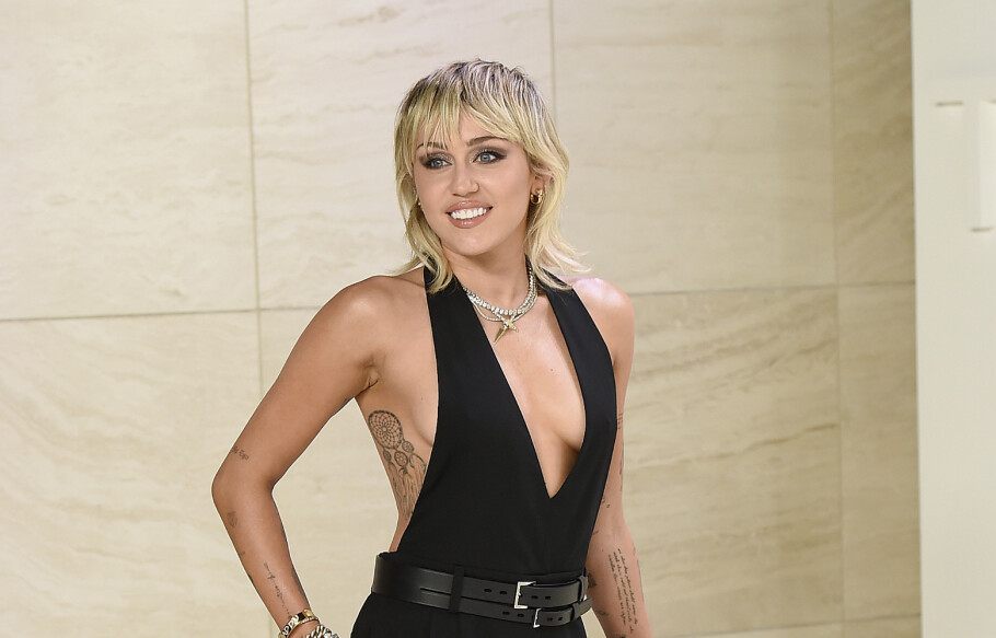 MILEY CYRUS: Noen ganger synes man ikke døpenavnet passer inn i yrkeslivet. Miley Cyrus het opprinnelig Destiny Hope, og skiftet til Miley Cyrus. FOTO: NTB Scanpix