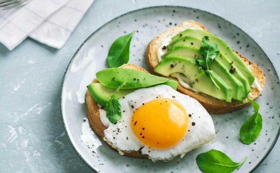 MYE EGG: Nordmenn spiser mye egg, spesielt i påsken. FOTO: NTB Scanpix
