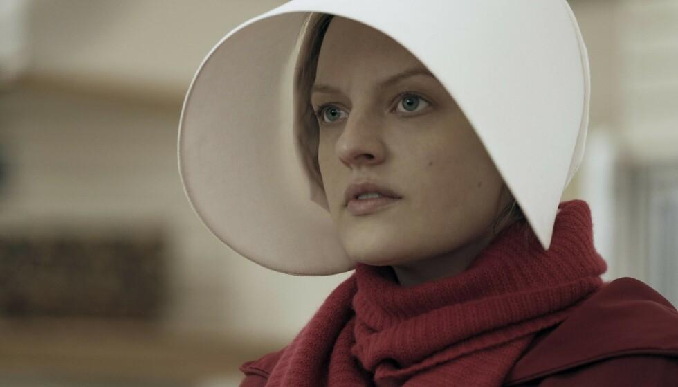 DYSTOPISK: Elisabeth Moss som June Osborne i «The Handmaid's Tale». FOTO: NTB Scanpix