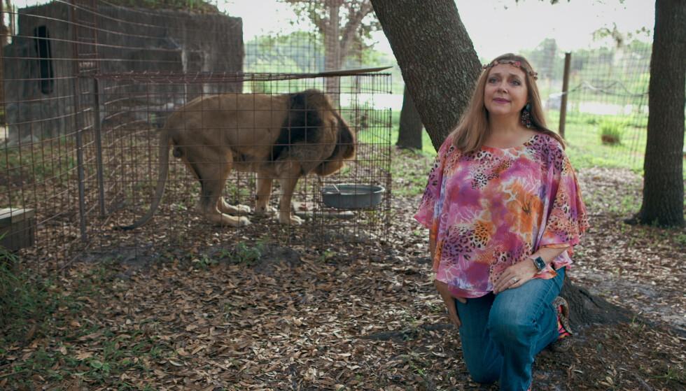 REDDENDE ENGEL?: Carole Baskin i sin egen park, Bic Cat Rescue. FOTO: Netflix.