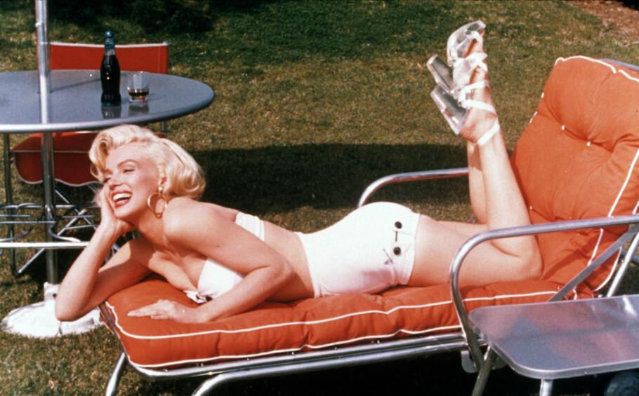 ÅRETS BADETØY: Hva går du for? Bikini eller badedrakt? Foto: NTB Scanpix