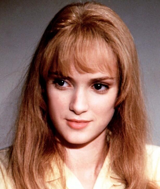 SWEETHEART: Winonas ungpikeaktige utseendet gjorde henne til det naturlige førstevalget som datter i mange filmer. Her fra «Edward Scissorhands» hvor hun spilte mot Johnny Depp, som også ble hennes kjæreste. FOTO: NTB Scanpix