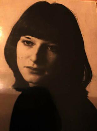 FORELSKET: Marit Melås var bare 16 år da hun ble forelsket i den 20 år gamle vossingen Nils Midthun. FOTO: Privat