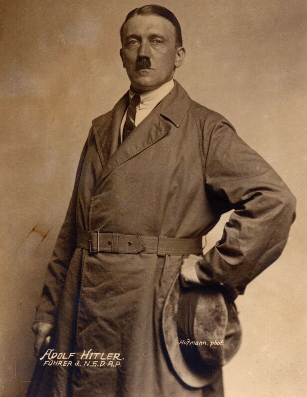 ANNO 20-TALLET: Adolf Hitler slik han så ut da han var naboen til familien Frank i München. Det var under denne tiden at han bygget opp nazipartiet N.S.D.A.P. FOTO: NTB scanpix