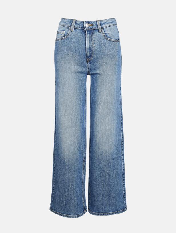 Jeans med sleng (kr 500, Cubus).