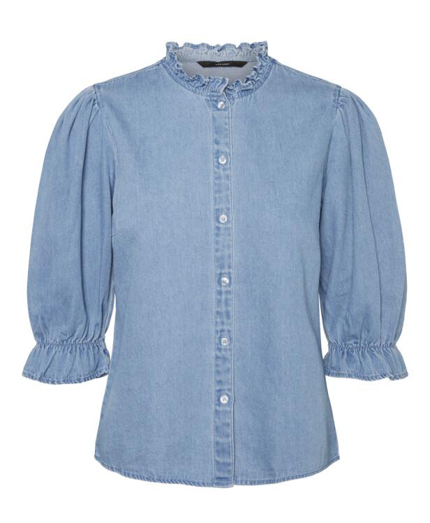 Bluse (kr 400, Vero Moda).