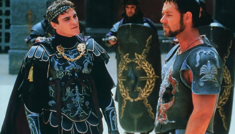 <strong>KJIP STEMNING:</strong> Den herskesyke Commodus, spilt av Joaquin Phoenix finner stadig nye måter å trykke ned Maximus, spilt av Russel Crowe. FOTO: NTB Scanpix