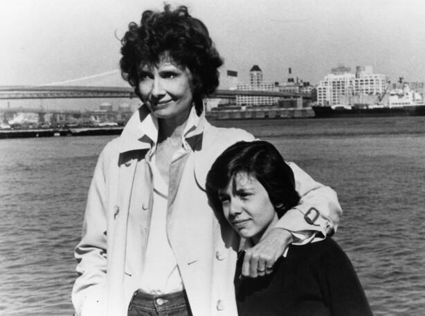 STJERNESPEKKET: Dorothys første storfilm var sammen med Audrey Hepburn i «They All Laughed», regissert av Peter Bogdanovich i 1981. FOTO: NTB Scanpix