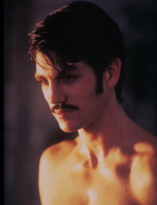 DREPTE KONA: Eric Roberts i rollen som Paul Snider i filmen «Star 80» fra 1983. FOTO: NTB Scanpix