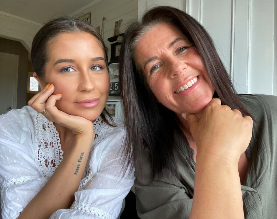 NÆRT BÅND: Ida og moren Lolita har et spesielt nært mor og datter-bånd. De snakker om alt med hverandre, og tror mye av grunnen til det er den tøffe tiden de gikk gjennom sammen da Ida var kreftsyk. FOTO: Privat