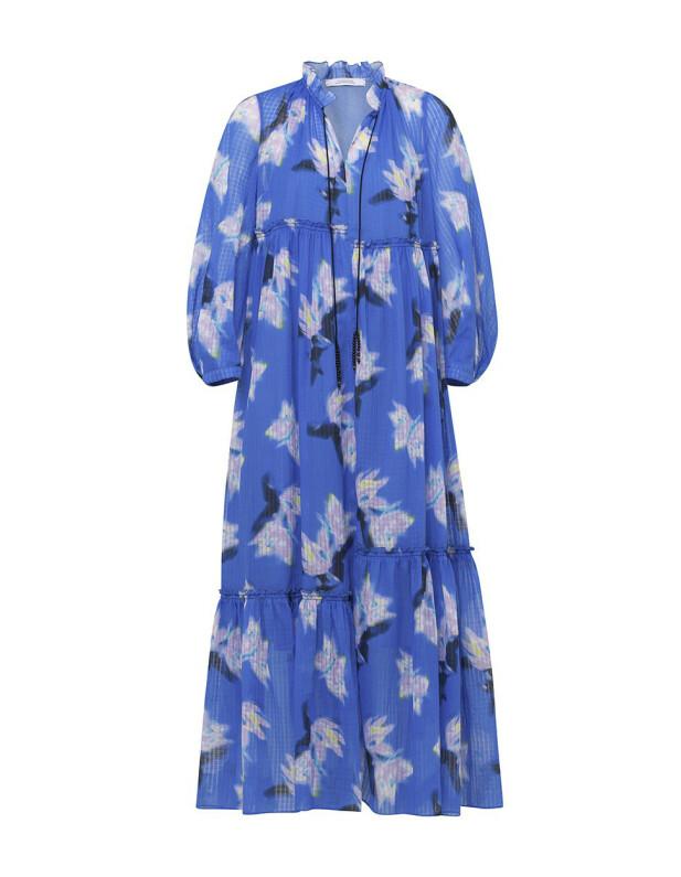 Blå med store blomster (kr 7450, Dorothee Schumacher).