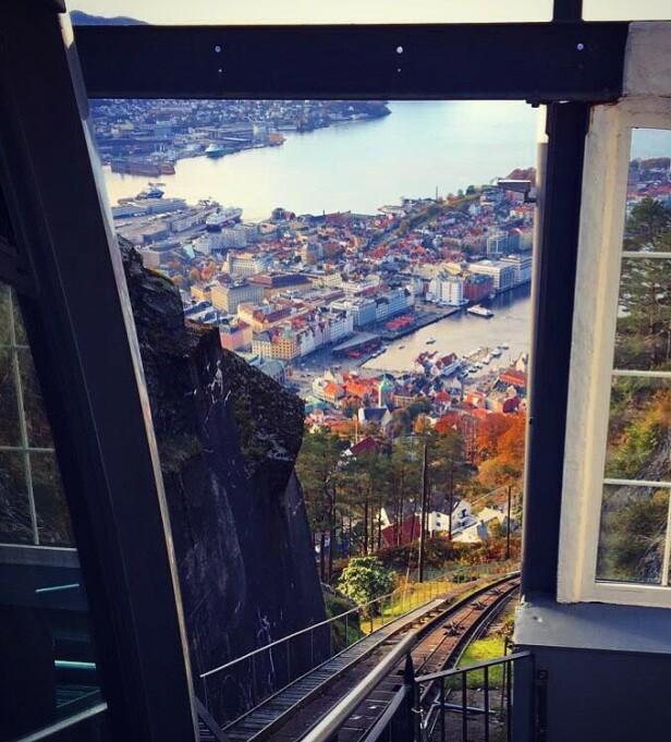 ET MUST: Bergen by sett fra fra Fløibanen. FOTO: Kristin Østgaard