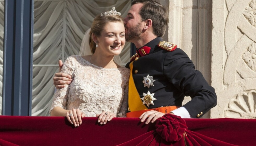 <strong>BRYLLUP:</strong> Kronprins Guillaume giftet seg med belgiske Stéphanie de Lannoy i Notre-Dame-katedralen i Luxembourg i oktober 2012. I 2020 ble de foreldre for første gang. FOTO: NTB scanpix