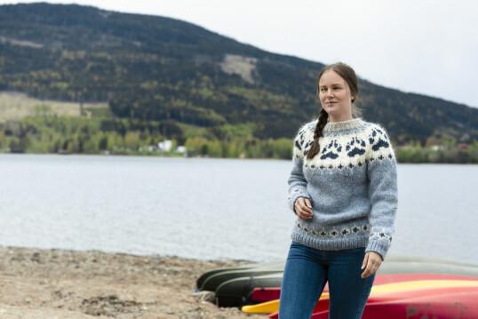 VIL HOLDE BAKKEKONTAKTEN: Nok søvn, sunn mat og fysisk aktivitet er noe Åshild mener gjør henne godt. Foto: Astrid Waller