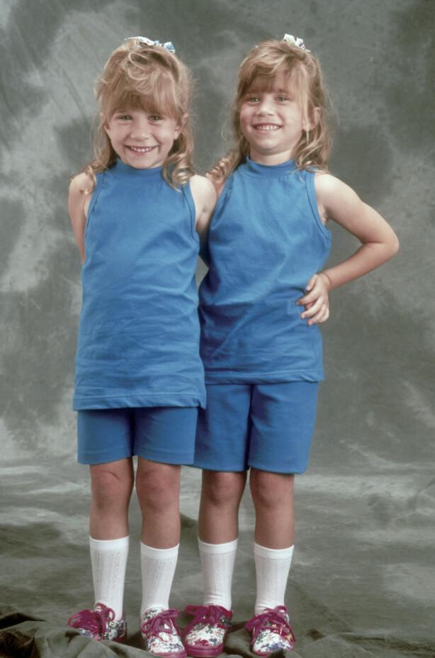 TO DRÅPER VANN: Nesten .... Ashley Olsen og Mary-Kate Olsen var superstjerner allerede som barn. FOTO: NTB Scanpix