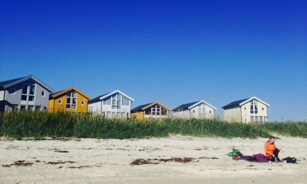 KRITTVITE STRENDER: Sommarøy er toppen av idyll, med sine kritthvite strender og turkist vann. FOTO: Privat