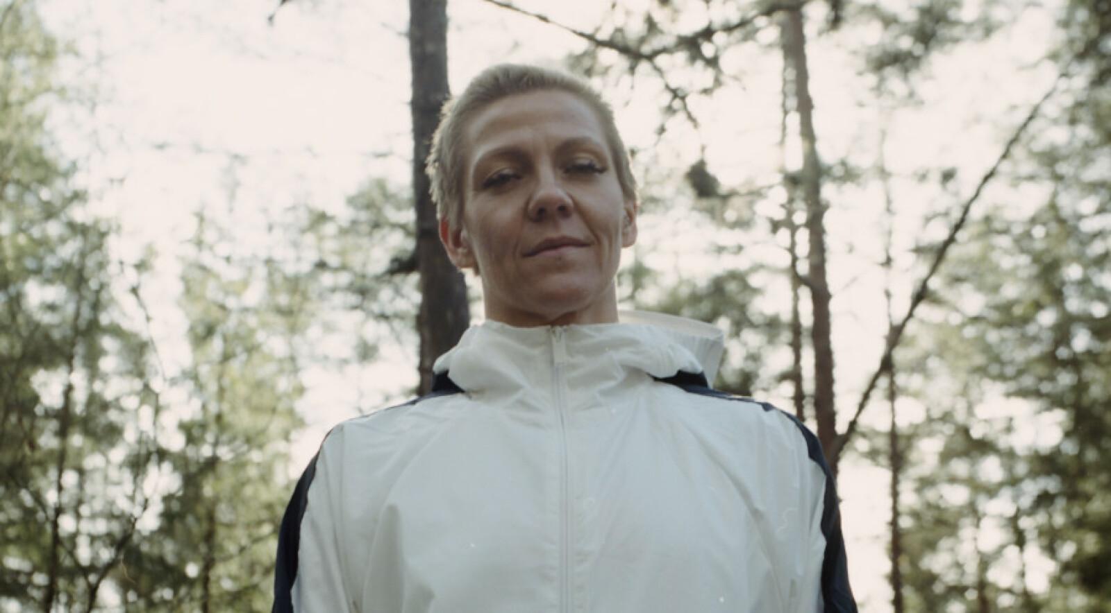 VEIEN VIDERE: For et knapt år siden fikk intensivsykepleier Monica Arntzen påvist kreft i hodet. FOTO: Adidas