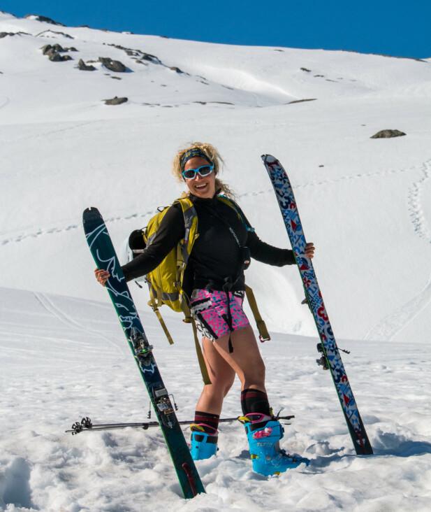 Folgefonna: Ski og brevandring midt på sommeren. Brun blir du også! Foto: Skiinformatie.nl
