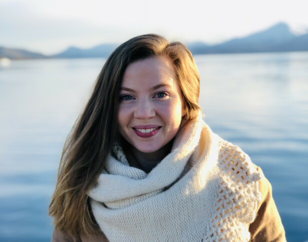 TROMSØ: Victoria Hovig Frigland er opprinnelig fra Oslo, men har bodd i Tromsø de siste ni årene og føler seg helt som en tromsøværing. Her fra idylliske Sommarøy. FOTO: Privat