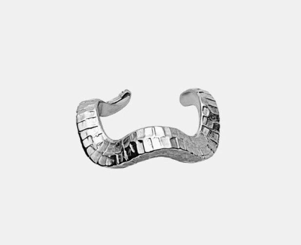 Ear cuff fra Maanesten, kr 300