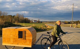 Louise og Mario snekret egen sykkel-campingvogn