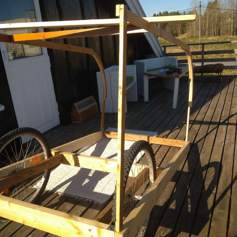 Hjulene er fra en gammel sykkel