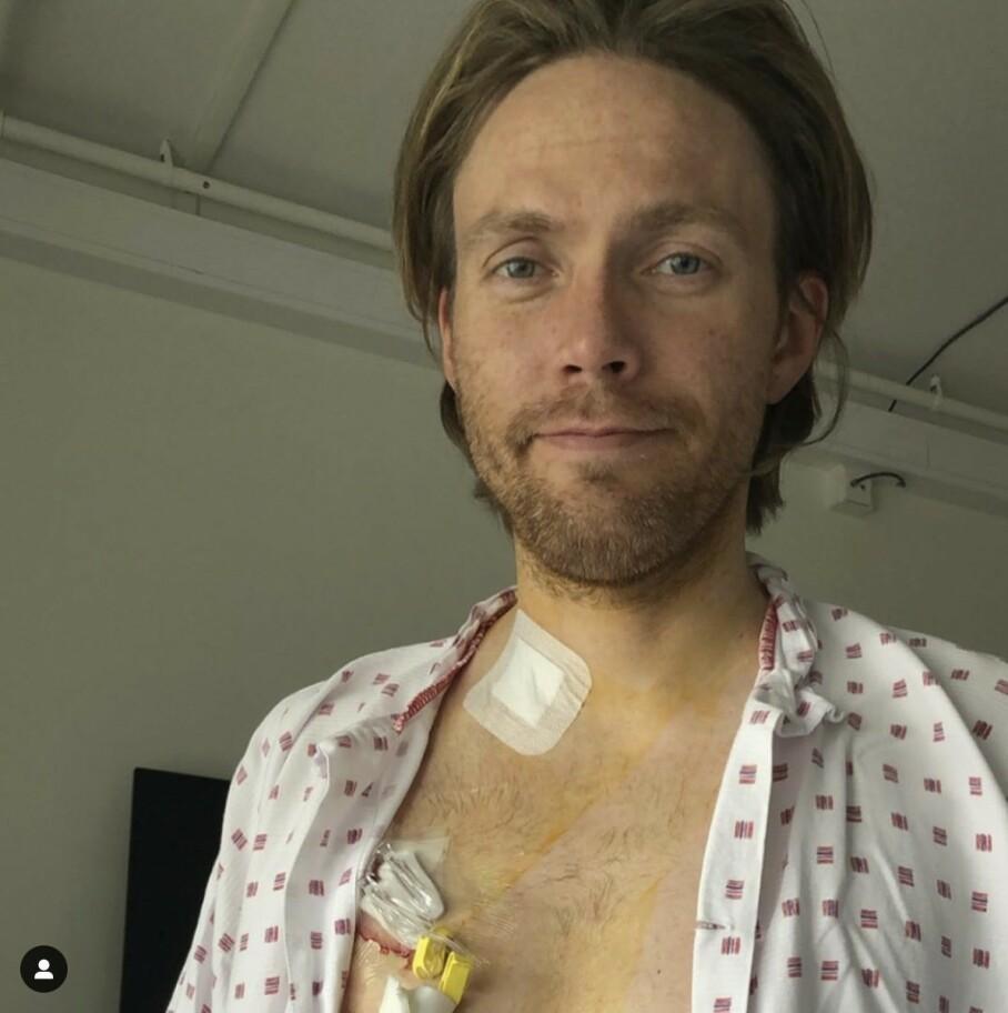 <strong>STILLE FØR STORMEN:</strong> Bjørn Einar Romøren før han skal i gang med første cellegiftkur. Bivirkningene skulle sette ham ut av spill store deler av tiden. FOTO: Privat.