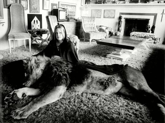 DU OG JEG, NEIL: Dakotas mor Melanie Griffith, som tenåring hjemme i Sherman Oaks i California. FOTO: NTB Scanpix
