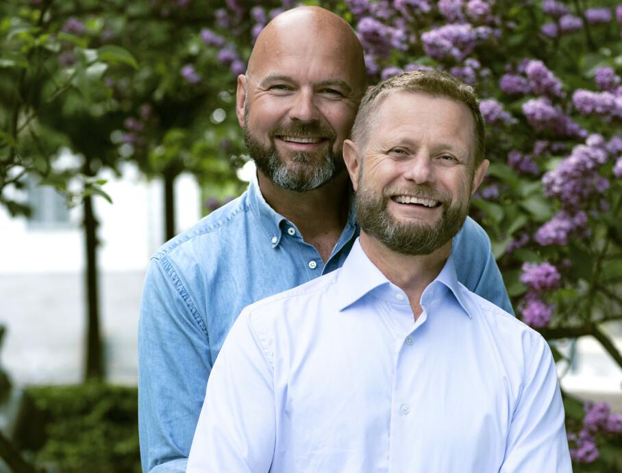 20 ÅRS BRYLLUPSDAG: Midt i prideuka i år feirer helse- og omsorgsminister Bent Høie og mannen Dag Terje Solvang hele 20 års bryllupsdag! FOTO: Astrid Waller
