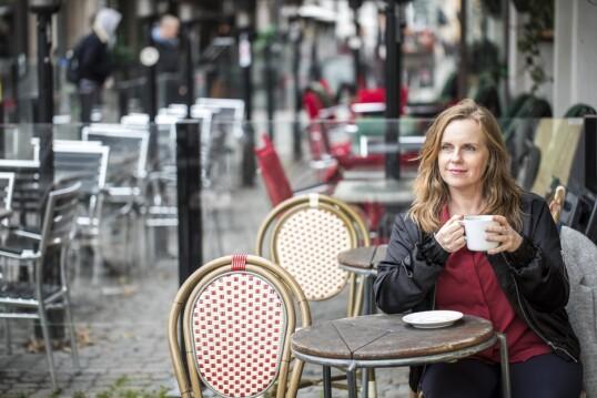 – Jeg kjempet knallhardt for å opprettholde fasaden som smart, vellykket og normal, sier Nina Berg. FOTO: Christina Uhlin