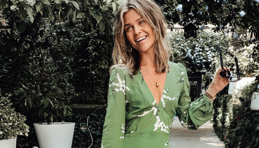 SUPERFIN SOMMERSTIL: Moteprofil Gine Margrethe L. Qvale deler sine beste tips til hvordan man kan kle seg smart om sommeren. Foto: Privat