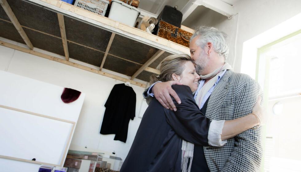 <strong>SØSKENKJÆRLIGHET:</strong> Ari Behn (45), billedkunstner og kunstkurator Anja Bjørshol (43) og filmregissør Espen Bjørshol Solberg (38) hadde sin første utstilling sammen i Moss Kunstgalleri i 2017. Foto: NTB scanpix