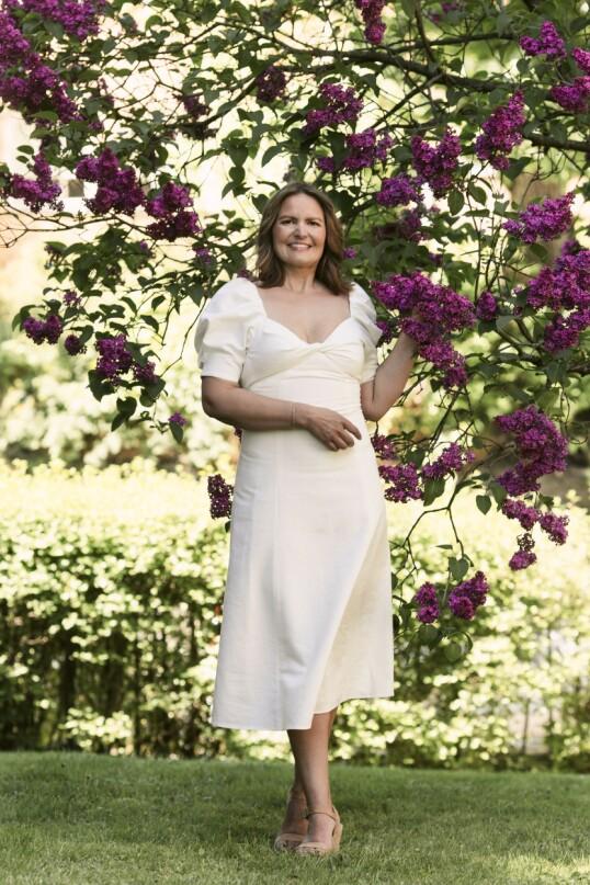 Kjole (kr 600, Zara). Tips! Puffermer gir kjolen et oppdatert preg. FOTO: Astrid Waller