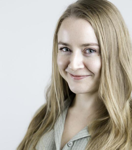 <strong>EKSPERTEN:</strong> Anja Sletteland er førstelektor i retorikk ved Universitetet i Oslo og medforfatter av boken «Det jeg skulle sagt. Håndbok mot seksuell trakassering». FOTO: Eivind Volder Rutle